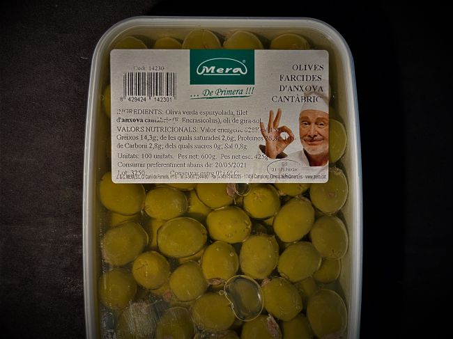 100 ANCHOVY FILLED OLIVES TUB - 14230